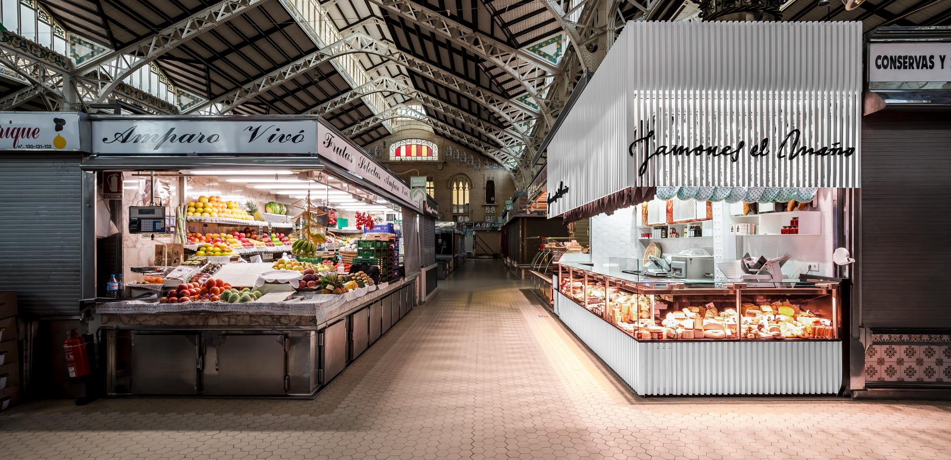 fotografia-arquitectura-valencia-german-cabo-lujan-mercado-central-jamones (3)