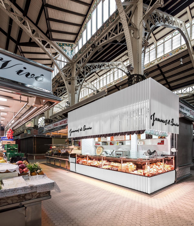 fotografia-arquitectura-valencia-german-cabo-lujan-mercado-central-jamones (4)