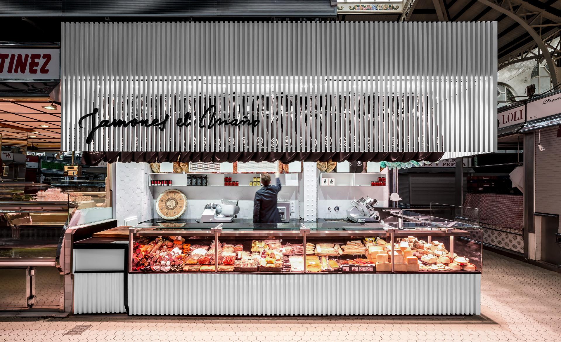 fotografia-arquitectura-valencia-german-cabo-lujan-mercado-central-jamones (6)