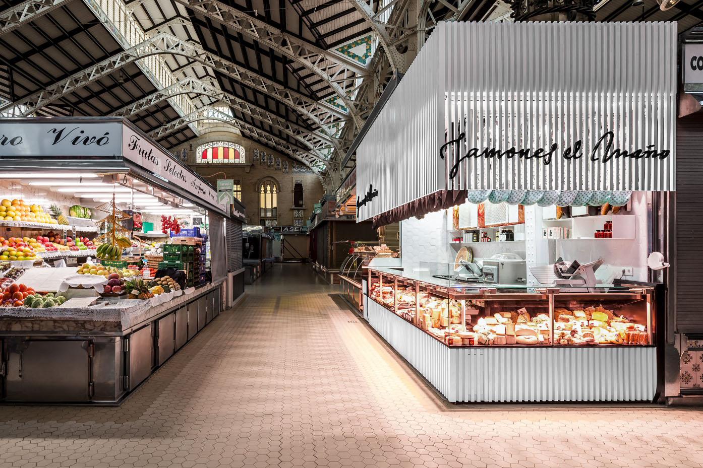fotografia-arquitectura-valencia-german-cabo-lujan-mercado-central-jamones (X)_portada