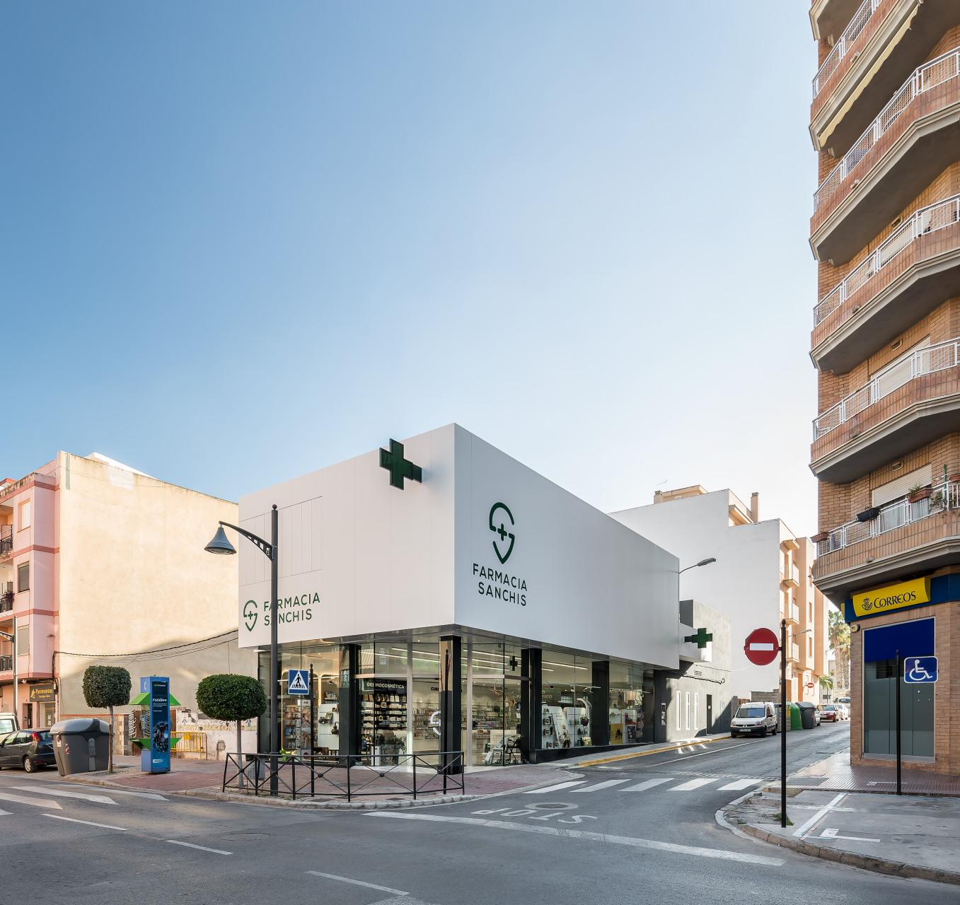 fotografia-arquitectura-valencia-german-cabo-d'estudio-farmacia-sanchis-ribarroja (2)