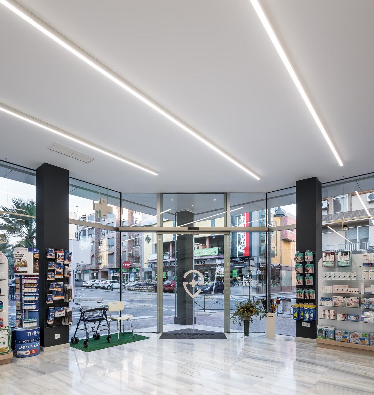 fotografia-arquitectura-valencia-german-cabo-d'estudio-farmacia-sanchis-ribarroja (30)