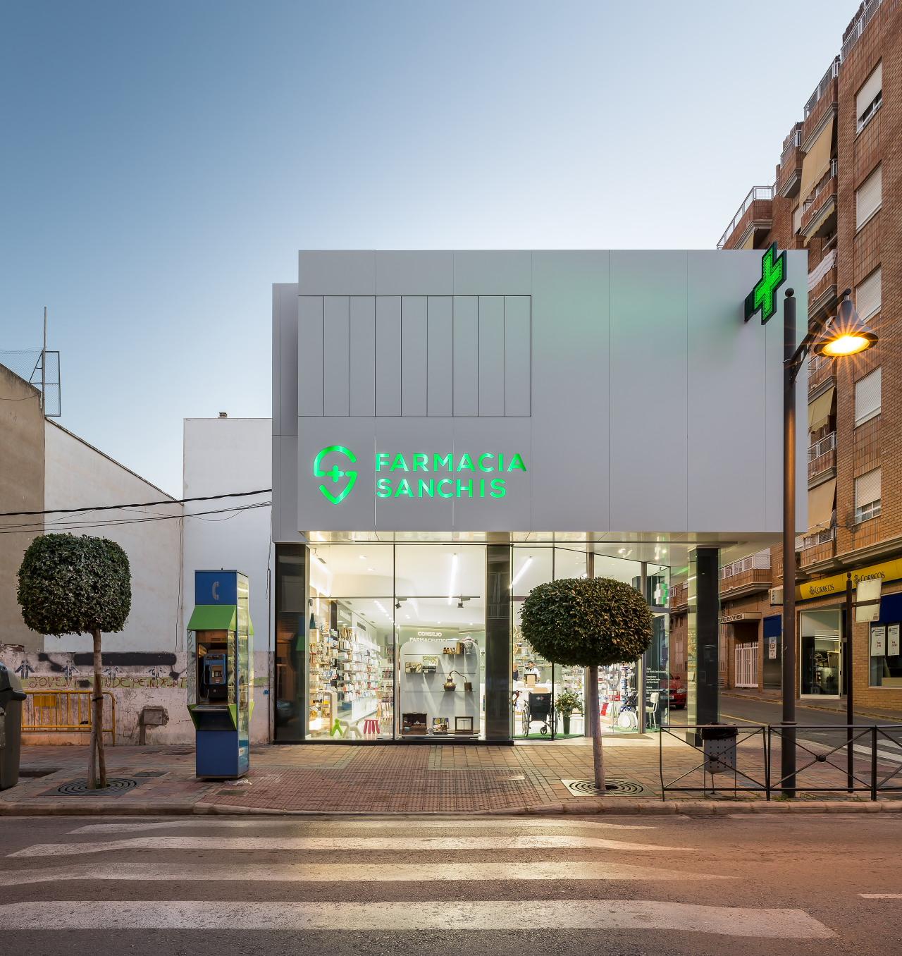 fotografia-arquitectura-valencia-german-cabo-d'estudio-farmacia-sanchis-ribarroja (31)