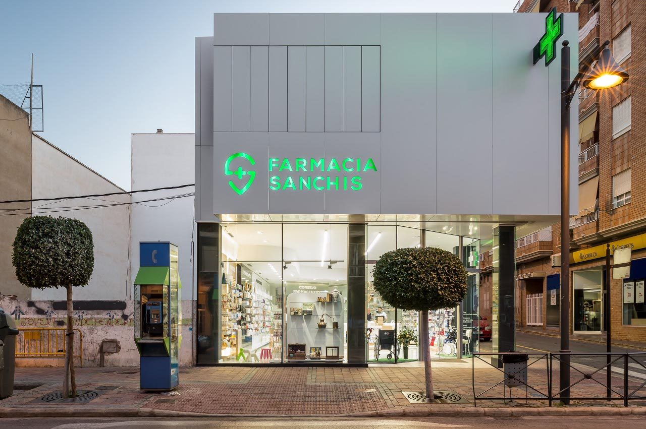 fotografia-arquitectura-valencia-german-cabo-d'estudio-farmacia-sanchis-ribarroja (x)_portada